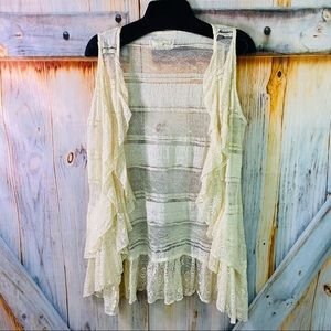 EUC A'reve Lacey Tunic Vest Cream Large